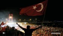 '15 Temmuz Başka Ülkede Olsaydı İç Savaş Çıkardı'