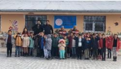 Kars'ta Köy Okullarında Karne Sevinci