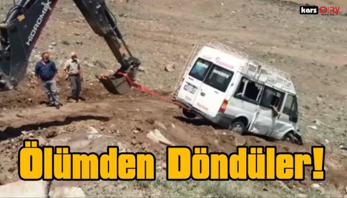 Kağızman'da Trafik Kazası, Ölümden Döndüler!